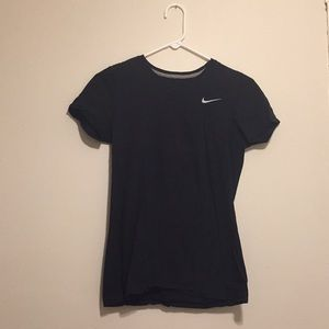 ]Nike] dri-fit workout tee